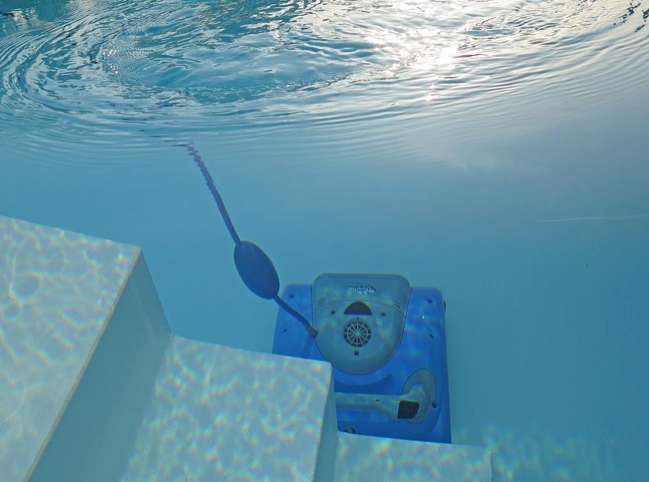 Ein Pool Robotor über die poolakademie.de kaufen