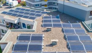 Die Kraft der Sonne nutzen auf dem eigenen Dach